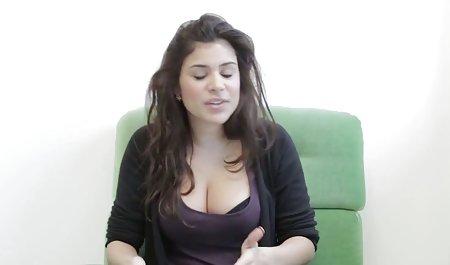 뜨거운 젊은 여자가 비디오트라 거시기를 짜증