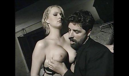 핫 라티나 섹스는 친구와 함께 엿 그녀의 상사에 의해