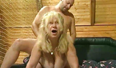 라이브에는 씨발 에 자연 삼위일체,자연적인 금발 Linda