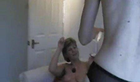 에 섹스로 아랍에 여자 디저트 플레이트.